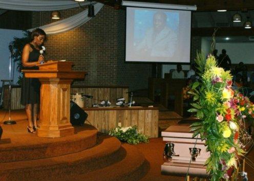 Alice Wanjiru delivers the opening scripture reading at the memorial service. Photo by Tony Karanja (Jambonewspot)
