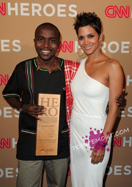 Halle Berry recognized Kenya's Evans Wadongo who invented a way for rural families in Kenya to replace smoky kerosene and firelight with solar powered lanterns. This was during a taping of CNN heroes over the weekend and which will air on Thursday evening on CNN.