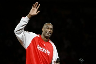 Dikembe Mutombo played the final five seasons of his career with the Rockets. (Nick de la Torre/Chronicle)